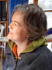 """(Salzwedel/Depekolk) 14.02.16; Anke Duebler (Dübler) ist Textilkuenstlerin. Vor einigen Jahren ist sie erblindet. Da sie schon davor gestickt hat, hat sie auch nach ihrer Erblindung begonnen, zu sticken. In Blindenschrift (Braille) stickt sie Texte (wie hier: """"Alles ist gut"""") mit Knoten in selbstgefertigte Kissen. (Sie nennt sie Tastbare Kissen oder Blindenschriftkissen) Hier stickt sie die Schrift mit Hilfe einer Kamera und eines Monitors - auf dem sie stark vergroessert die zu """"bestickenden"""" Punkte sieht.. [Foto und Copyright: Andreas Schoelzel, Postfach 610708, 10938 Berlin. Veroeffentlichung ist Honorarpflichtig (zuzuegl. MwSt) und Beleg . fon +4930 61609678. -NO MODEL RELEASE- Bei der Verwendung ausserhalb journalistischer Berichterstattung bitte vorher mit dem Autor Kontakt aufnehmen. Es wird grundsaetzlich keine Einholung von Persoenlichkeits-, Kunst- oder Markenrechten zugesichert, es sei denn, dies ist hier in der Bildbeschriftung ausdruecklich vermerkt. Die Einholung dieser Rechte obliegt dem Nutzer.]"""