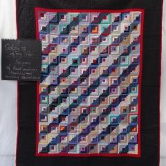 """Colors of my Life"" aus der Ausstellung ""Antique Quilts aus der Sammlung BAHO"""