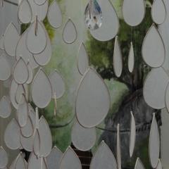 """""""Tropfenregen"""" von Doreen Stenzel – Papier- und Textilkunst – Raumobjekte und Installationen"""