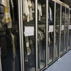Schränke im Textildepot des Museums Europäischer Kulturen