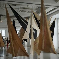 Bia Davou: Sails