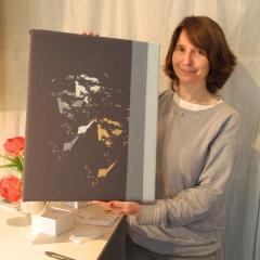 Gudrun Leitner mit Vincent van Gogh in Gold