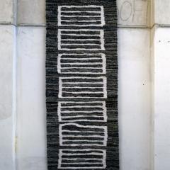 a 90, Großes Gitter, 2001, 277 x 102 cm – Vorlage Tonbandaufkleber