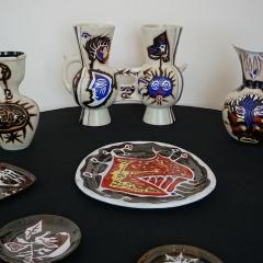 Keramiken mit Doppelvase
