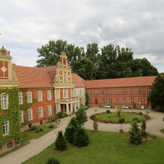 Modemuseum Schloss Meyenburg - Außenansicht
