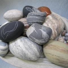 gefilzte Steine von Beate Bossert