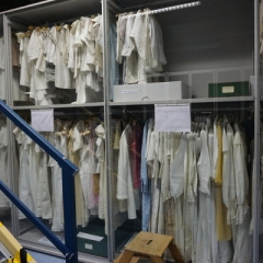Unterwäsche im Textildepot des Museums Europäischer Kulturen