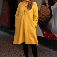 Modell Lotta, in 100 % Merinowolle in viele Farben gestrickt. Größe Small, Medium, Large oder nach Maß gestrickt. Preis: 240,00 Euro zzgl. Versand 18,00 Euro. (Foto: Stine Uldal)