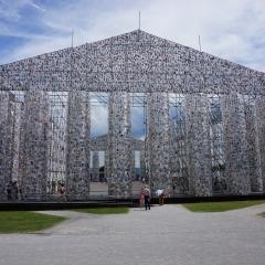 Mina Minujin: The Partenon of Books