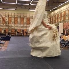 Bild 3, christliche-westliches Brautkleid aus Tapa, Foto Maja Peltzer1